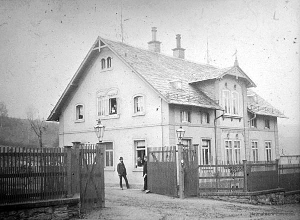 Verwaltungsgebäude der Brauerei Schwalbe um 1900