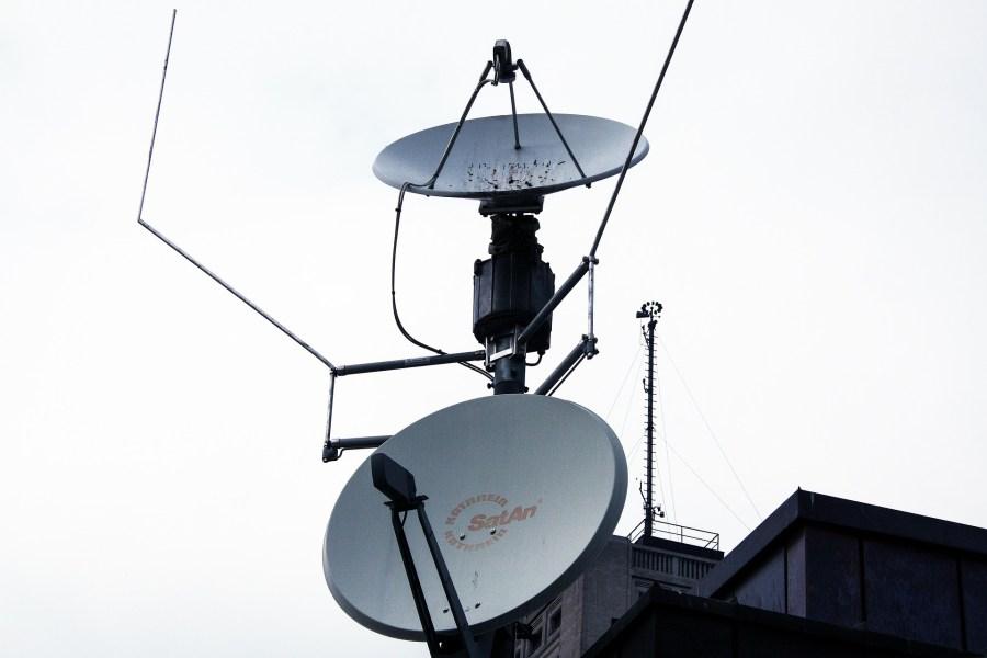 LNB für mehrere Satelliten