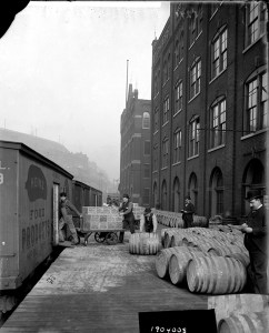 ALT:Loading Chow Chow at the Heinz Main Plant in Pittsburgh's North Side, 1904. H.J. Heinz Company Photographs, MSP 57, Senator John Heinz History Center.