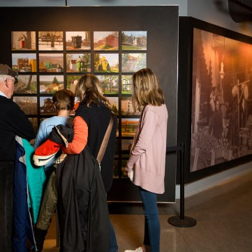 90 Pittsburgh Neighborhoods | Special Collections | Heinz History Center