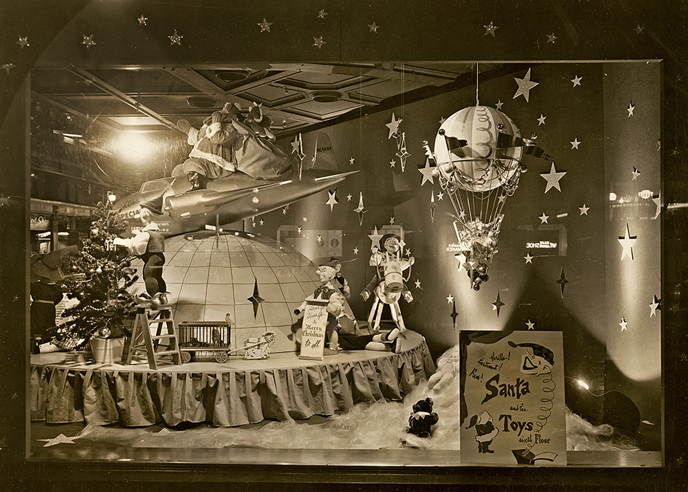 """""""Christmas of the Future"""" at Horne's department store, corner of Penn and Stanwix. Photo courtesy of Jim Heid."""