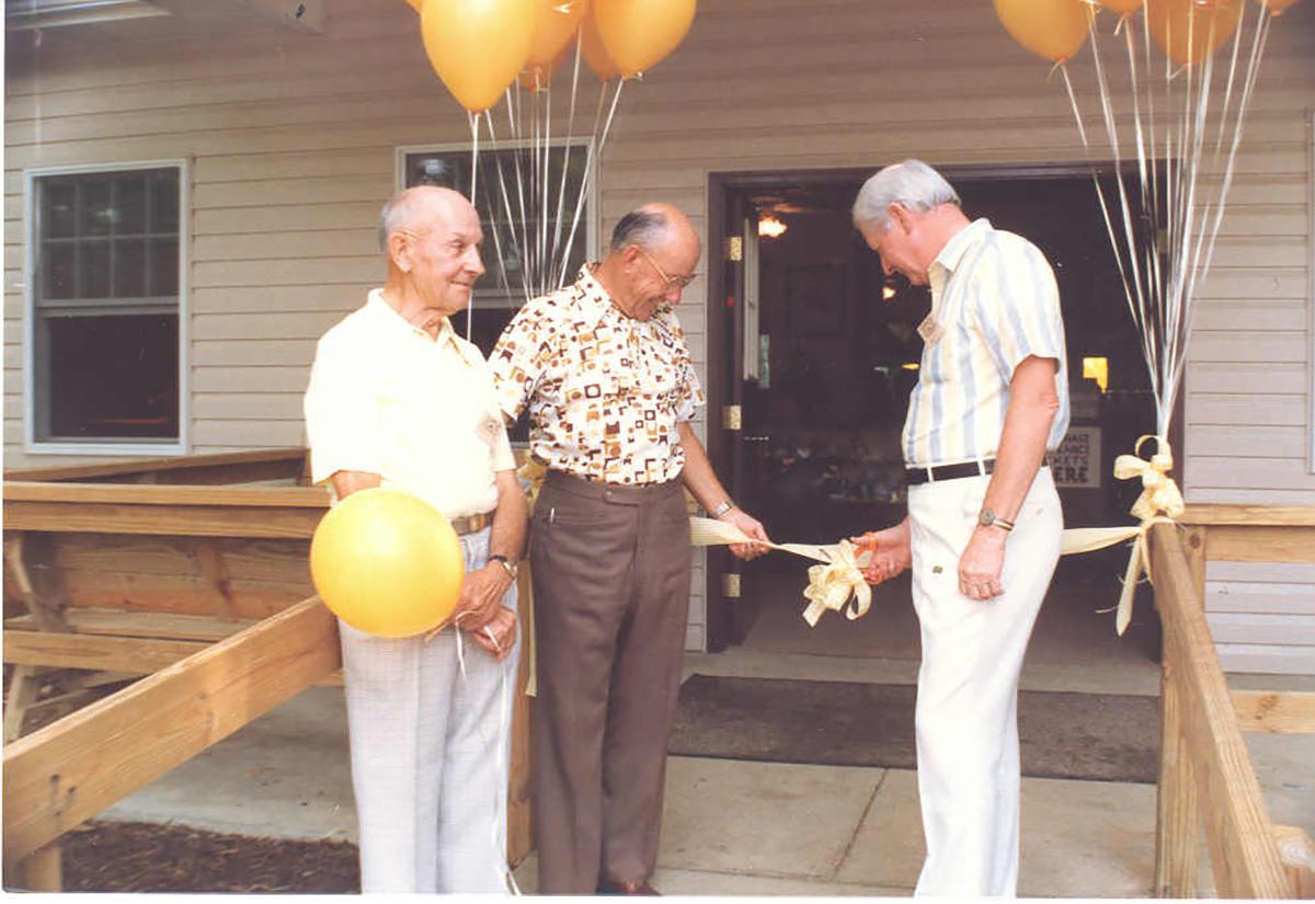 On June 20, 1987 Jack Piatt and Delvin Miller cut the ribbon at the Visitor Center dedication ceremony.