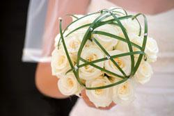 Hochzeitsfloristik  Brautstrau  Hof  Bayreuth  Nrnberg  Blumen zur Hochzeit  Autoschmuck
