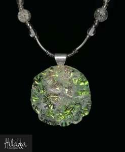 Helakka kaulakoru lasista vaaleavihreä