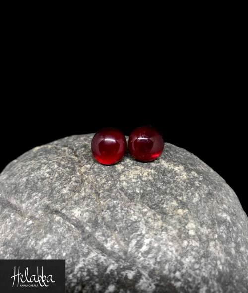 Helakka lasikorvakorut punainen