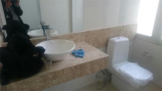 Reforma em gabinete de presidente do TJ 01 - Associação libera imagens do sanitário de R$5 mil e da janela de R$20 mil do gabinete do presidente do  TJ