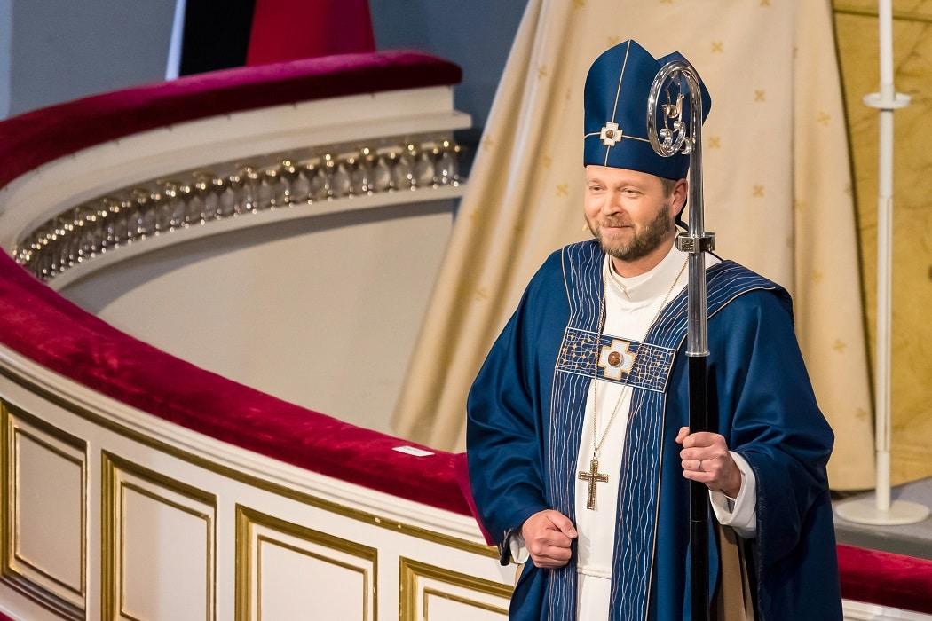 Piispa Laajasalon liturginen vaatetus