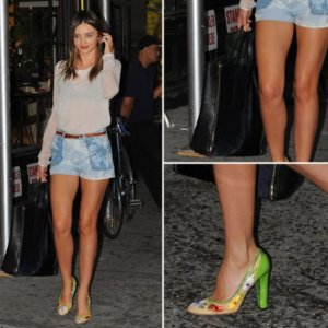 Perfect Workhorse: Miranda Kerr and Her Celine Cabas Tote