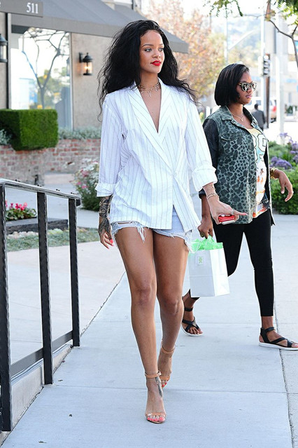 street style 2014; blazer & shorts combination