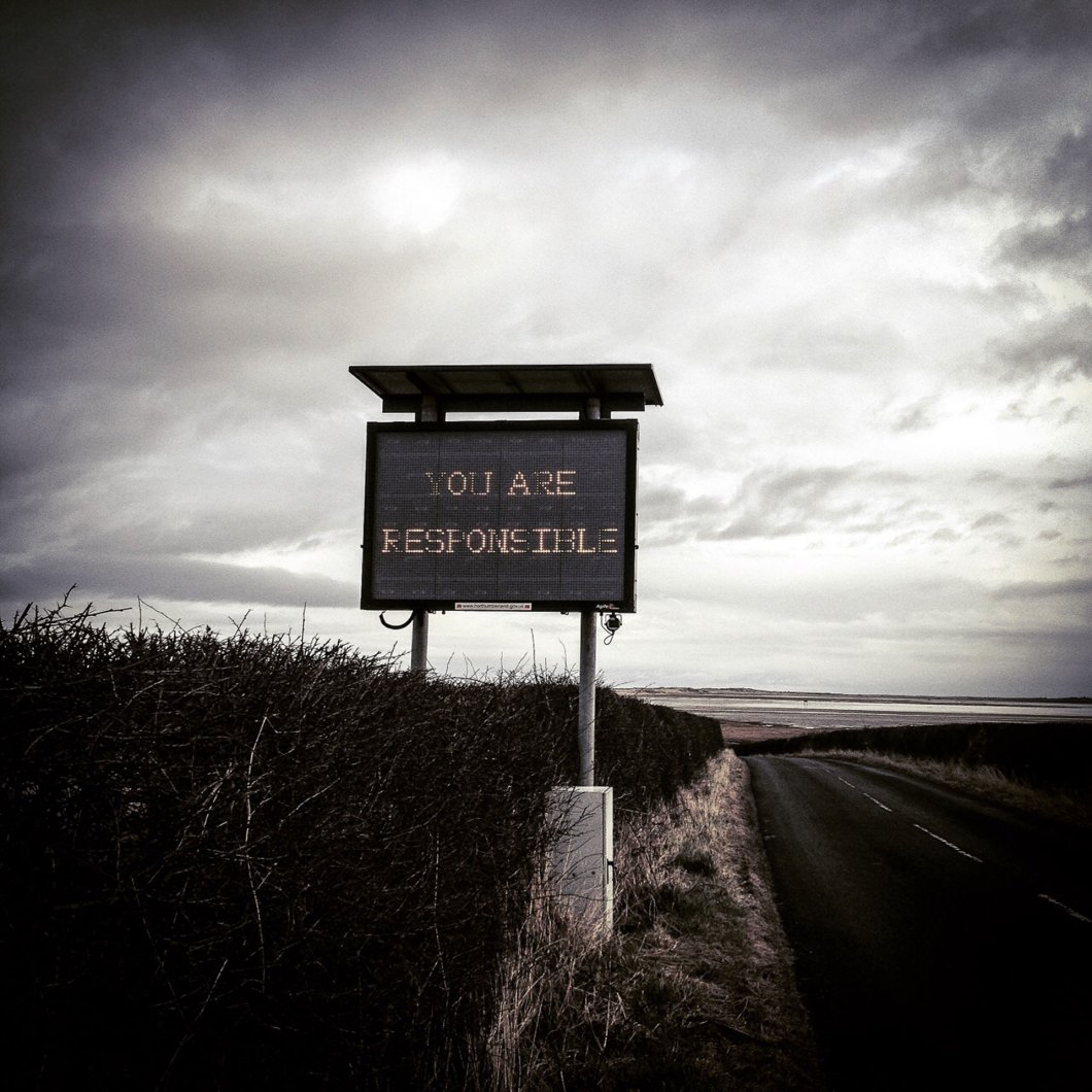HOLY-ISLAND-NEON-SIGN-copy