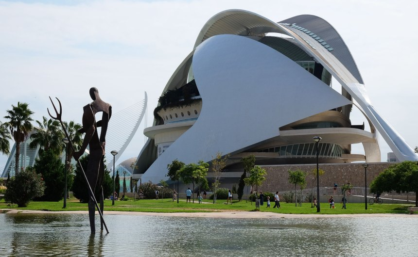 Seven reasons to visit Valencia