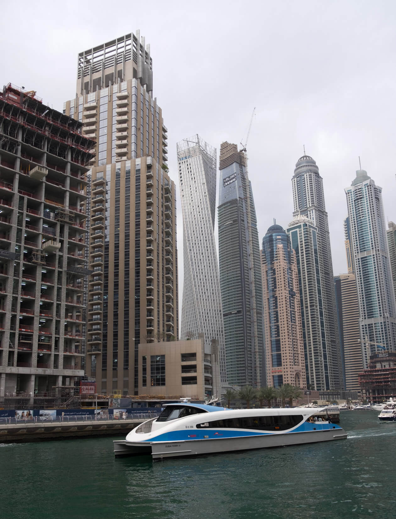 The spaceship-like water bus arriving at Dubai Marina