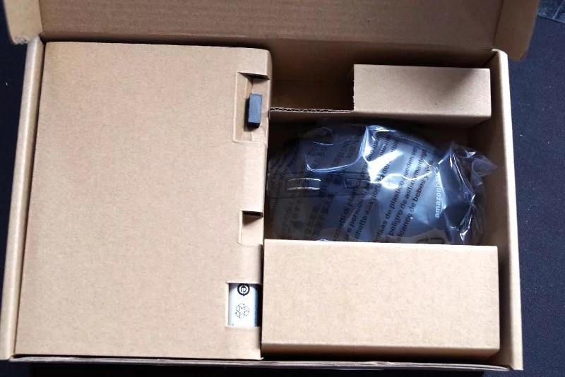 AmazonBasics Wireless mouse 02
