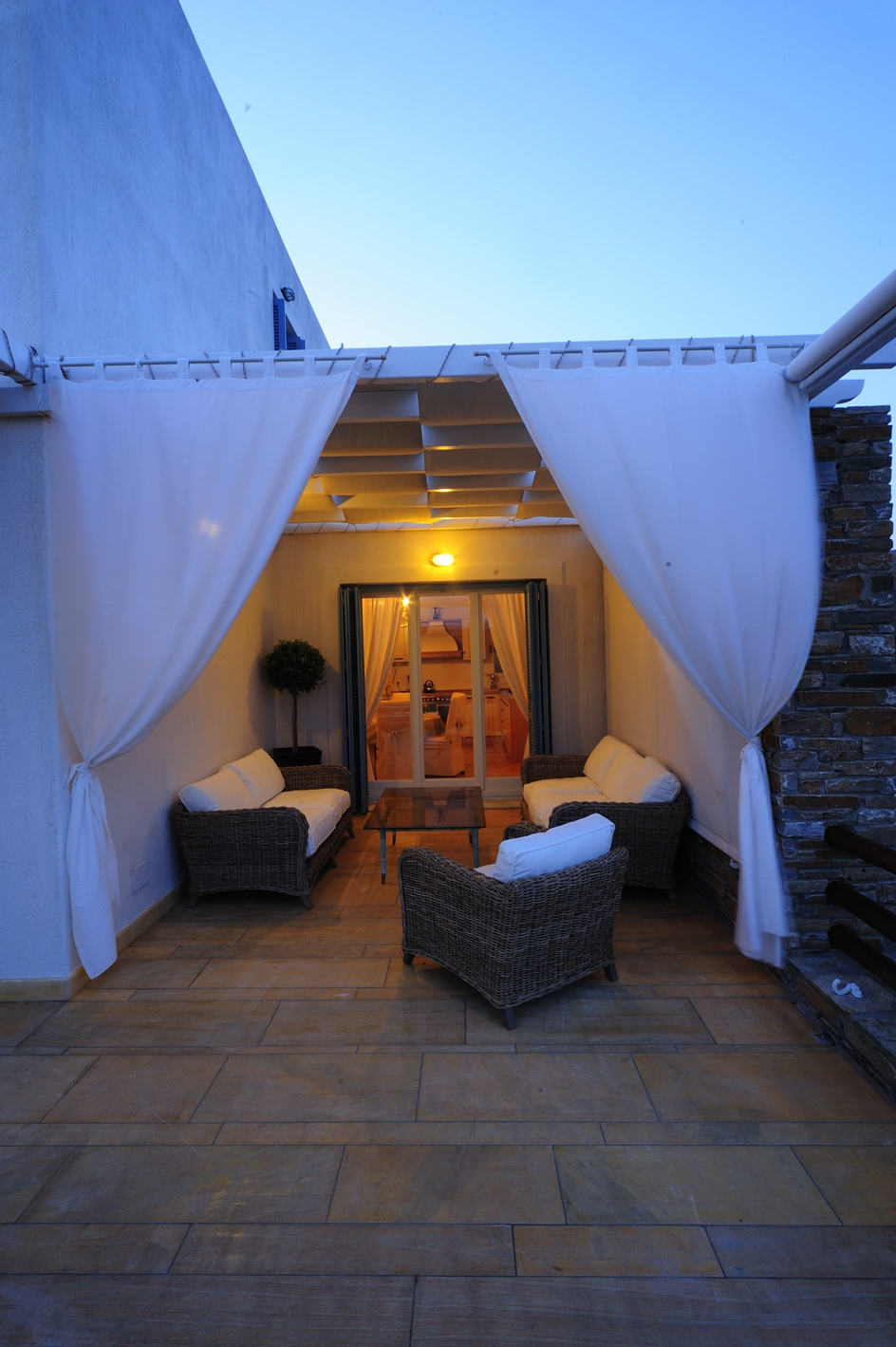 Quiet evenings in our villa in Andros