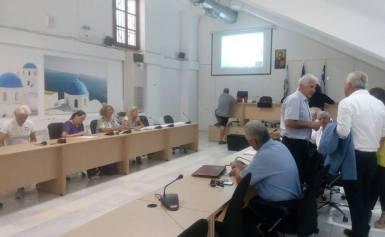 Πραγματοποιήθηκε  το Συνέδριο με θέμα την πρόληψη των τροχαίων ατυχημάτων στη Σαντορίνη, με τίτλο: Ασφαλείς Διαδρομές φωτο