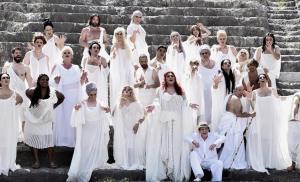 Εκκλησιάζουσες – Ηρώδειο