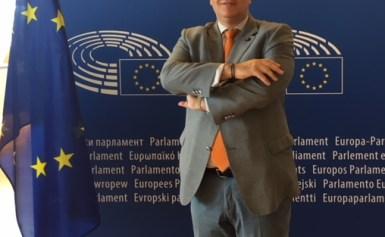 Οι ευρωεκλογές της 26ης Μαΐου δυναμιτίζουν το «εγχώριο πολιτικό κλίμα» και προκαλούν αναστάτωση στα επιτελεία των κομμάτων