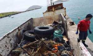 Η Axion Hellas σε οργανική συνεργασία με το Σύνδεσμο Ελλήνων Βατραχανθρώπων απέδειξε την υψηλή αξία του έμπρακτου εθελοντισμού, καθαρίζοντας το βυθό στο λιμάνιτης Ανάληψης (Μαλτεζάνας) στην Αστυπάλαια