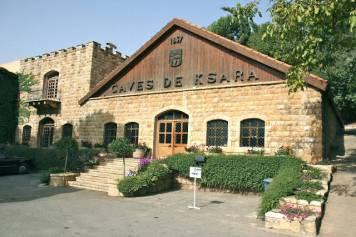 Ksara winery ligger midt i Hizbollah-styrte områder.