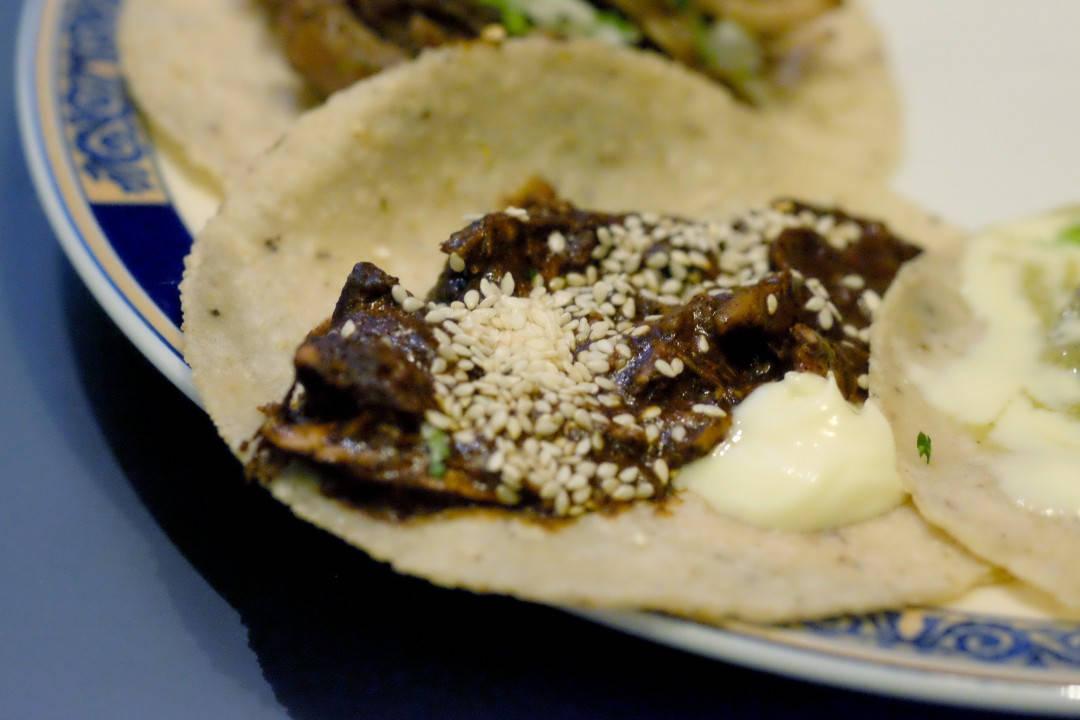 4. kylling mole (med over 30 ingredienser der hovedingrediensene ersjokolade og flere typer tørkede chili)