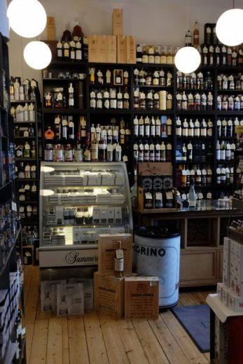 Dahls vinhandel.