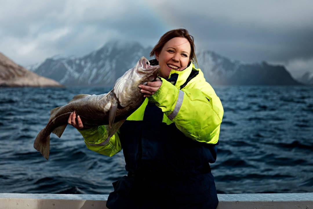 Kari Innerå i sitt rettte element i Nord-Norge. Bildet er hentet fra boken INNERÅ + BØ. Foto: Sune Eriksen.