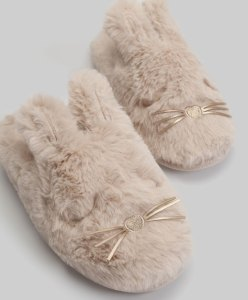 hellolife-fuzzy-slippers