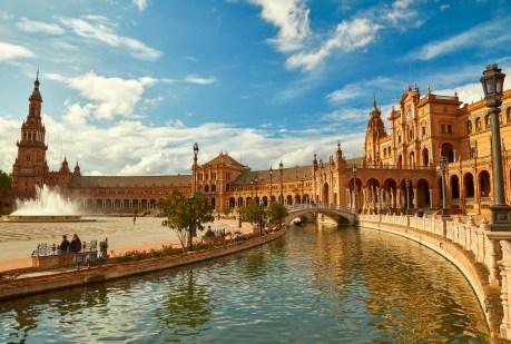Der Plaza de Espana in Sevilla