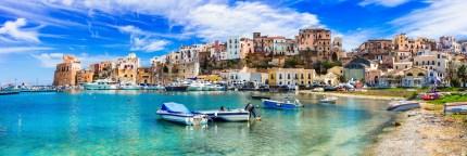 Castellammare del Golfo in Sizilien Strandansicht