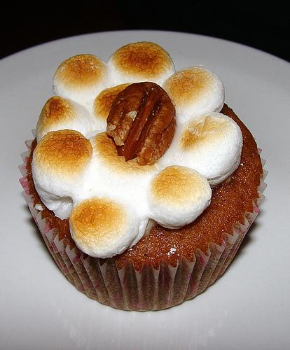 sweet potato casserole cupcake