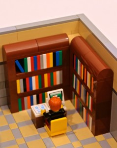 LEGO Ideas Modular Library 03