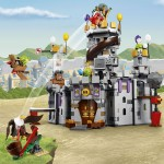 LEGO Angry Birds 75826 King Pig's Castle (1)
