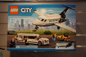 LEGO City 60102 Airport VIP Service 1