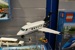 LEGO City 60102 Airport VIP Service 2