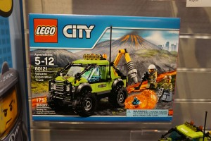 LEGO City 60121 Volcano Exploration Truck 1