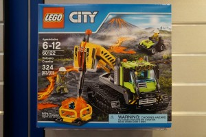 LEGO City 60122 Volcano Crawler 1