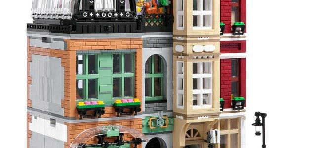 LEGO Modular Bootblack Street