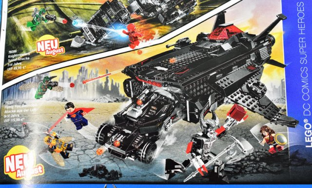 LEGO Justice League 76087 Flying Fox Batmobile Airlift Attack