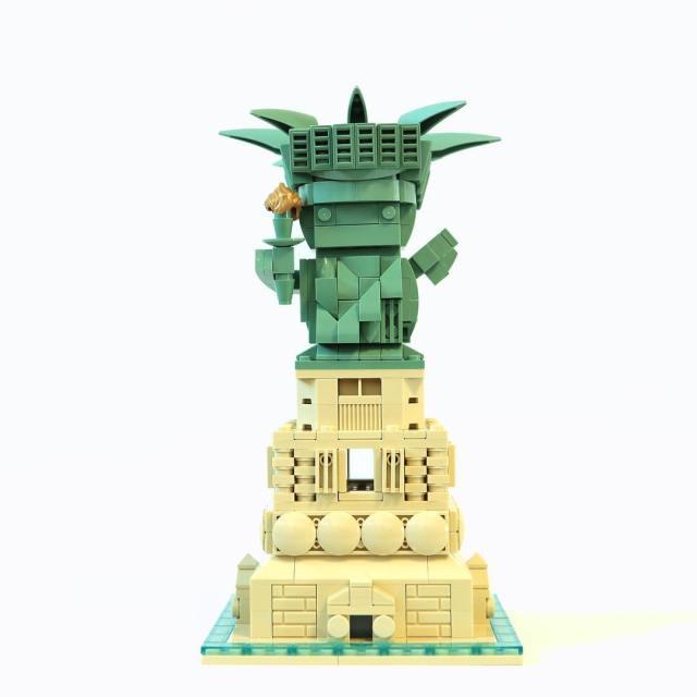 LEGO BrickHeadz statue of Liberty