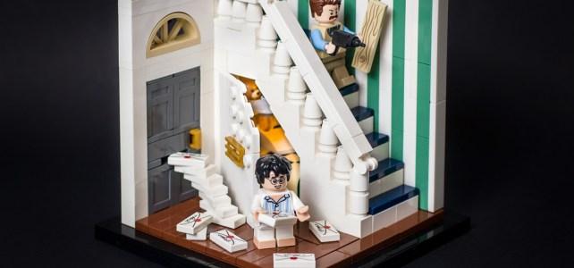 LEGO Harry Potter, le placard sous l'escalier