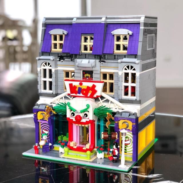 LEGO Modular Jokerland kids