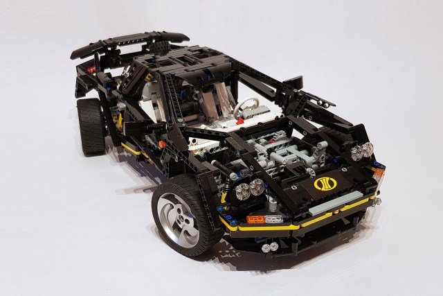supercar lego technic 8880 mise jour 25 ans plus tard. Black Bedroom Furniture Sets. Home Design Ideas