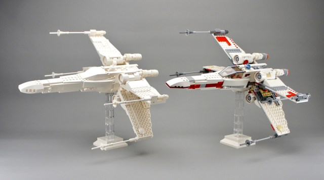 LEGO 9493 X-Wing Starfighter monochrome