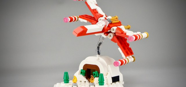 Micro LEGO Star Wars 4002019 Christmas X-Wing