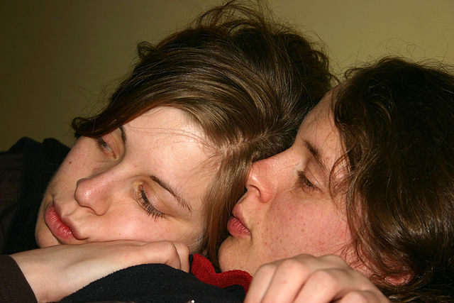 Lesbian_Couple_2006