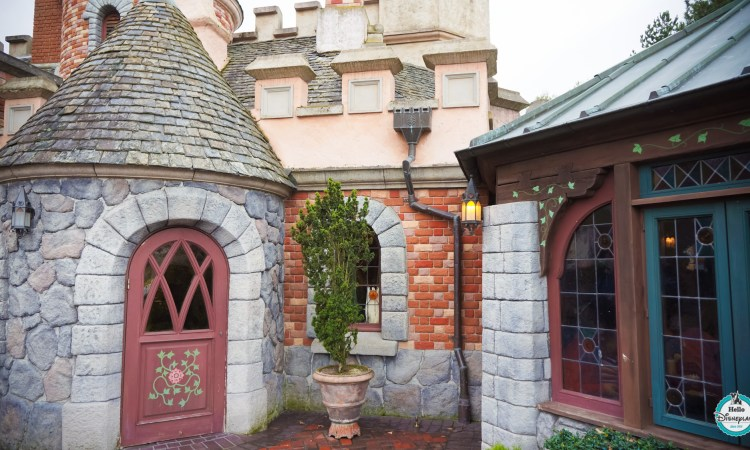 Toad Hall Restaurant - Disneyland Paris