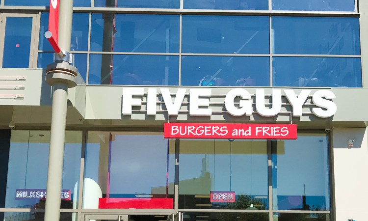 Five Guys Disneyland Paris