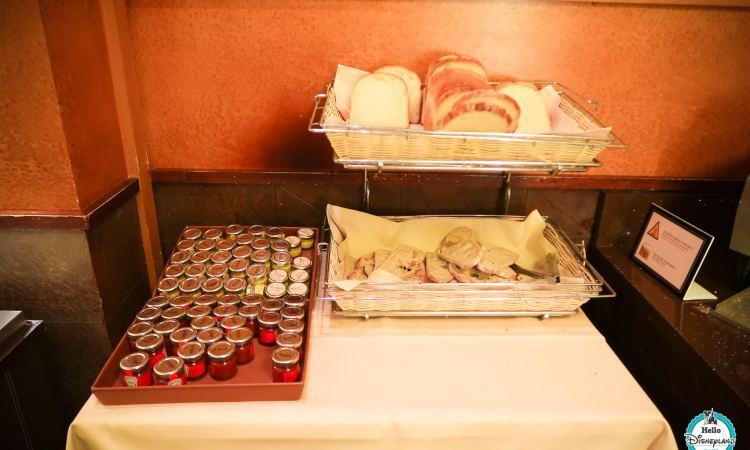 Le petit déjeuner du Disney's Hotel New York - Disneyland Paris