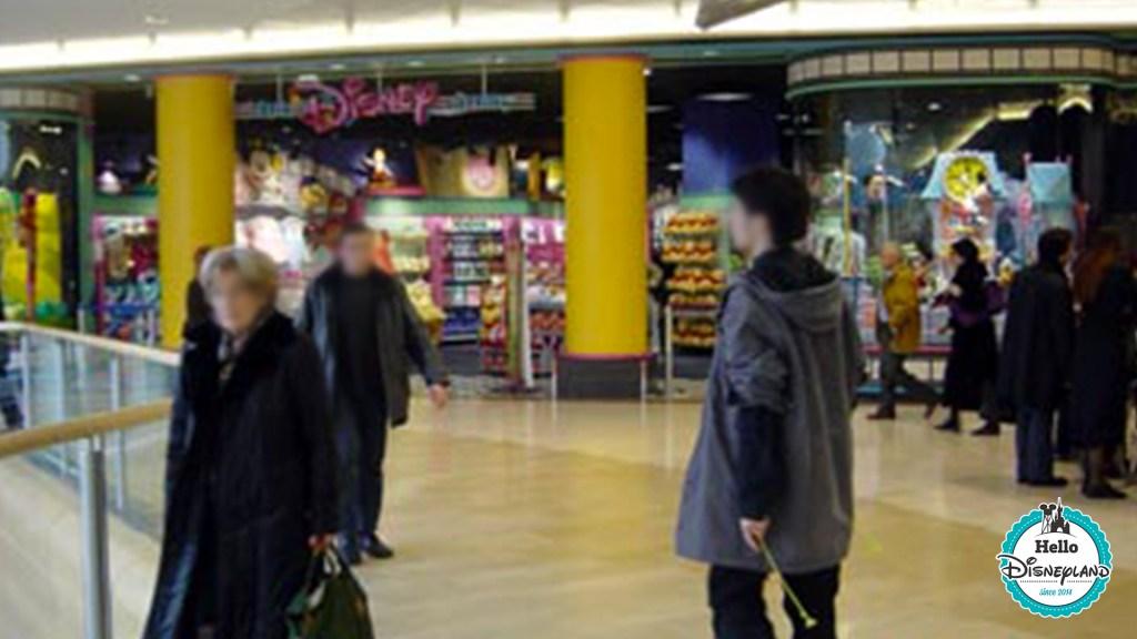 Disney Store Lyon Part Dieu 2003 années 90