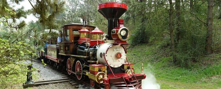 reouverture-disneyland-railroad